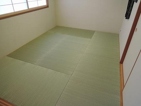 「縁付き畳」から「青表・琉球畳」へ表替え